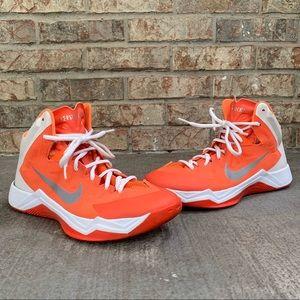 Women's Nike Zoom Hyperquickness Shoe Size 9.5